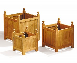 Set of 3 Wooden Outdoor Planters, Versailles Planters – S, L & XL